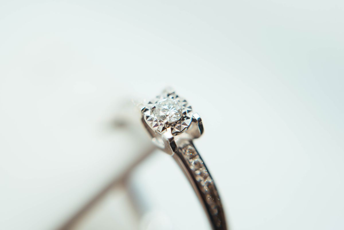婚約指輪のダイヤ