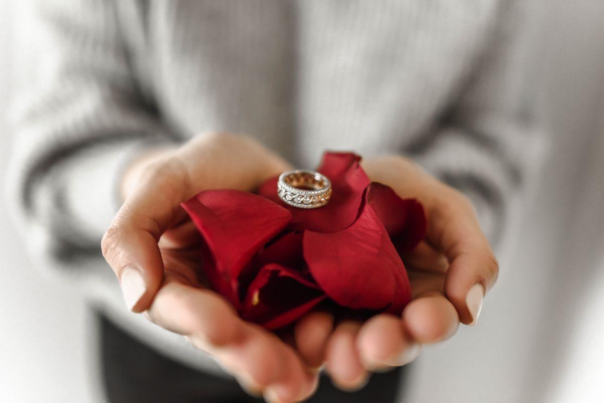 サプライズの婚約指輪