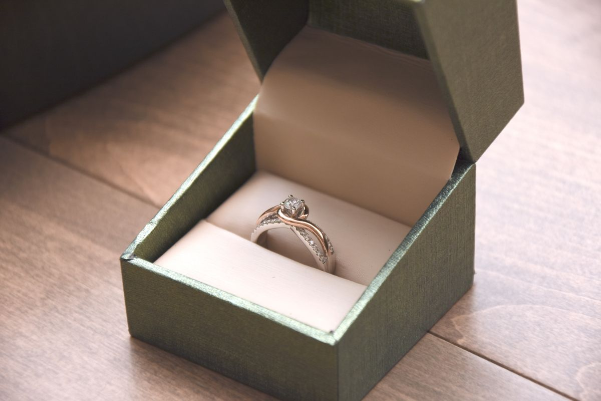 購入した婚約指輪